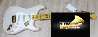 กีตาร์ไฟฟ้า Squier Classic Vibe Strat 50's Limited White Blonde Gold Hardware